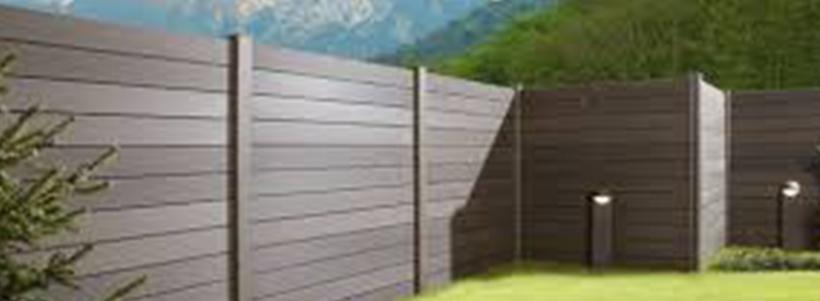 Lames de clôture en composite