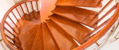 escalier fondation en bois